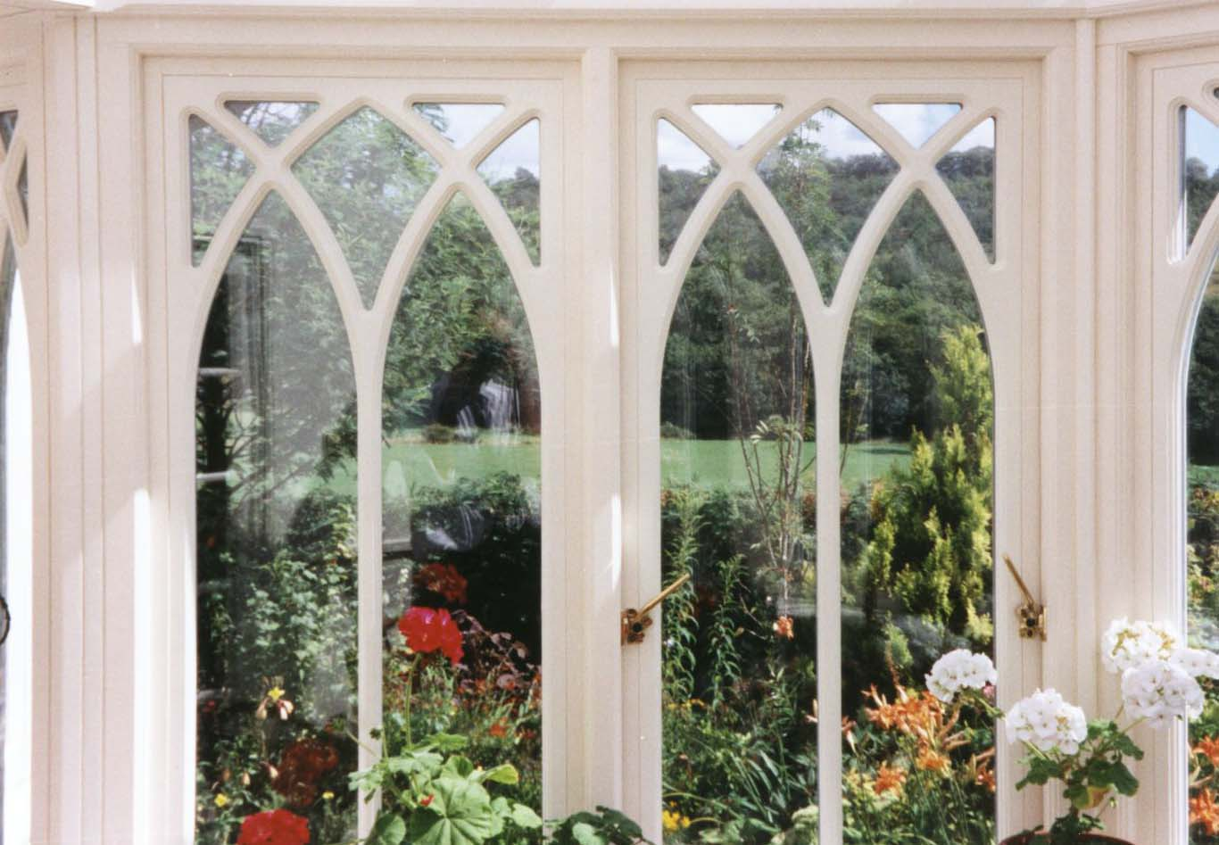 Wooden replacement windows wooden window altrincham for Wood replacement windows